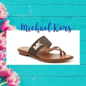 MK Sidney Sandal